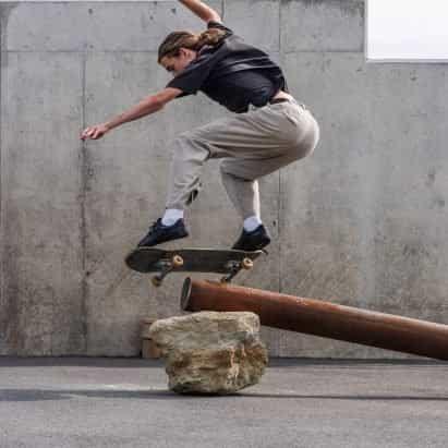 """Assemble crea """"esculturas patinables"""" para la Trienal de Folkestone"""