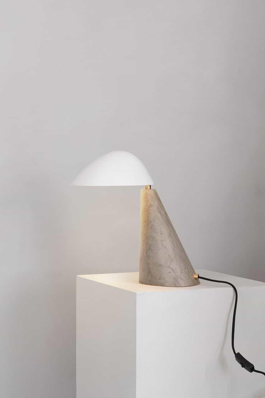 Lámpara escultural de Copenhague Space para la colección de complementos de Fredericia