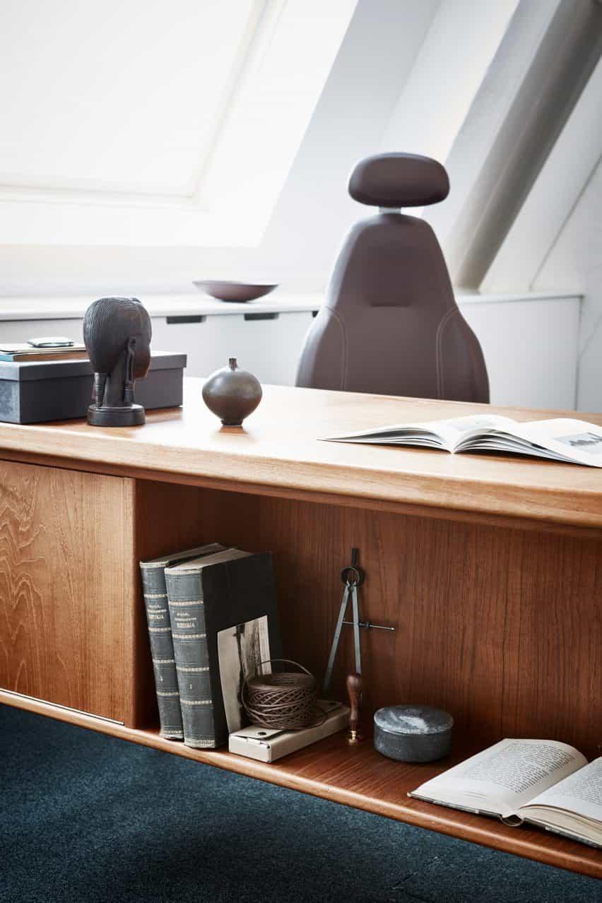 Silla de oficina marrón de Flokk