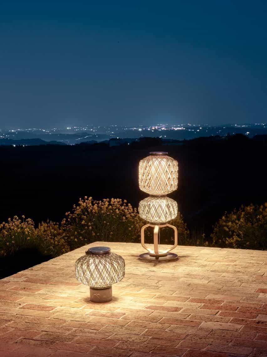 La luz ambiental omite de las linternas de Stephen Burks