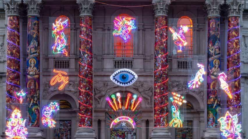 Columnas de la Recordando a un mundo feliz para la Tate Britain