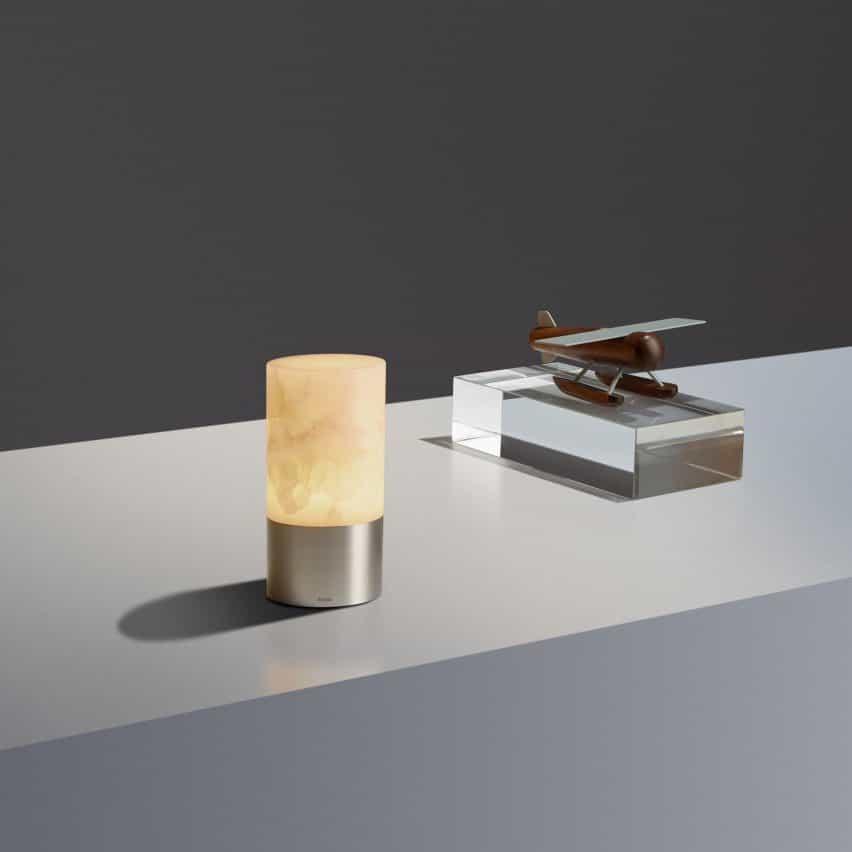 Lámparas VolTra Alabaster por Arnold Chan para Voltra