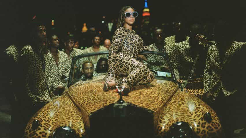 entrevistas dezeen estilista de Beyoncé Akers Zerina sobre Negro es el rey