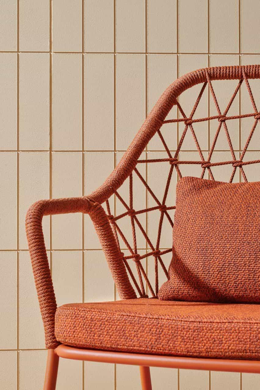 Silla de marco de acero naranja de Pedrali