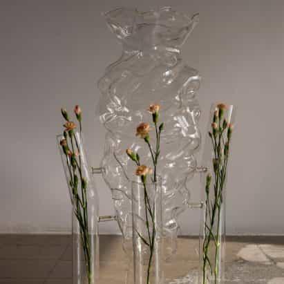de Marta Armengol material de vidrio se asemeja amorfa burbujas