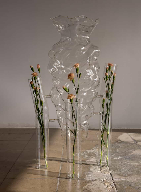 """artículos para el hogar de cristal de Marta Armengol se suspende como """"burbujas en el espacio"""""""