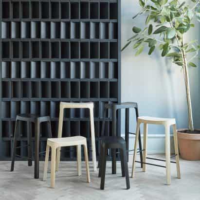Daniel Schofield diseños de madera de pino Crofton La materia fecal que asiente a las tradiciones asiáticas de diseño