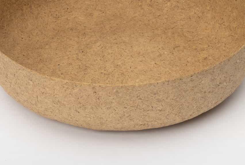 Nataša Perković hace diseños texturizados de subproductos del aceite de palma