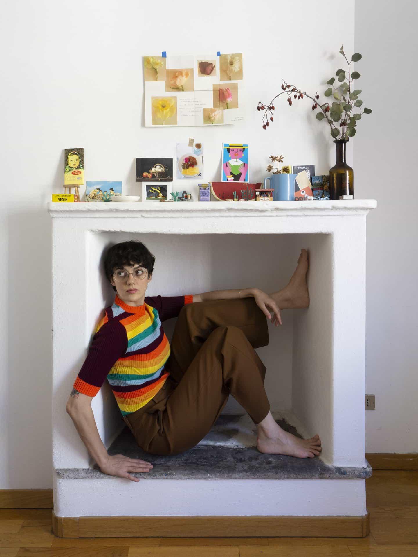 Olimpia Zagnoli: Retrato de uno mismo en casa, Milán 2020