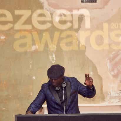 Dezeen nominado para 15 premios incluyendo mejor podcast, mejor evento de premios y la marca del año