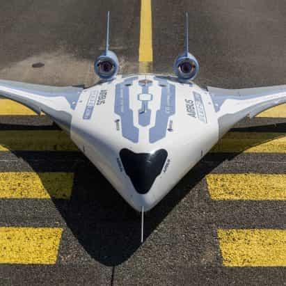 """Airbus desvela modelo de su """"ala volante gigante"""" de ahorro de combustible de trabajo"""
