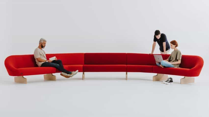 Giro suave sofá por Alfredo Häberli para Andreu World