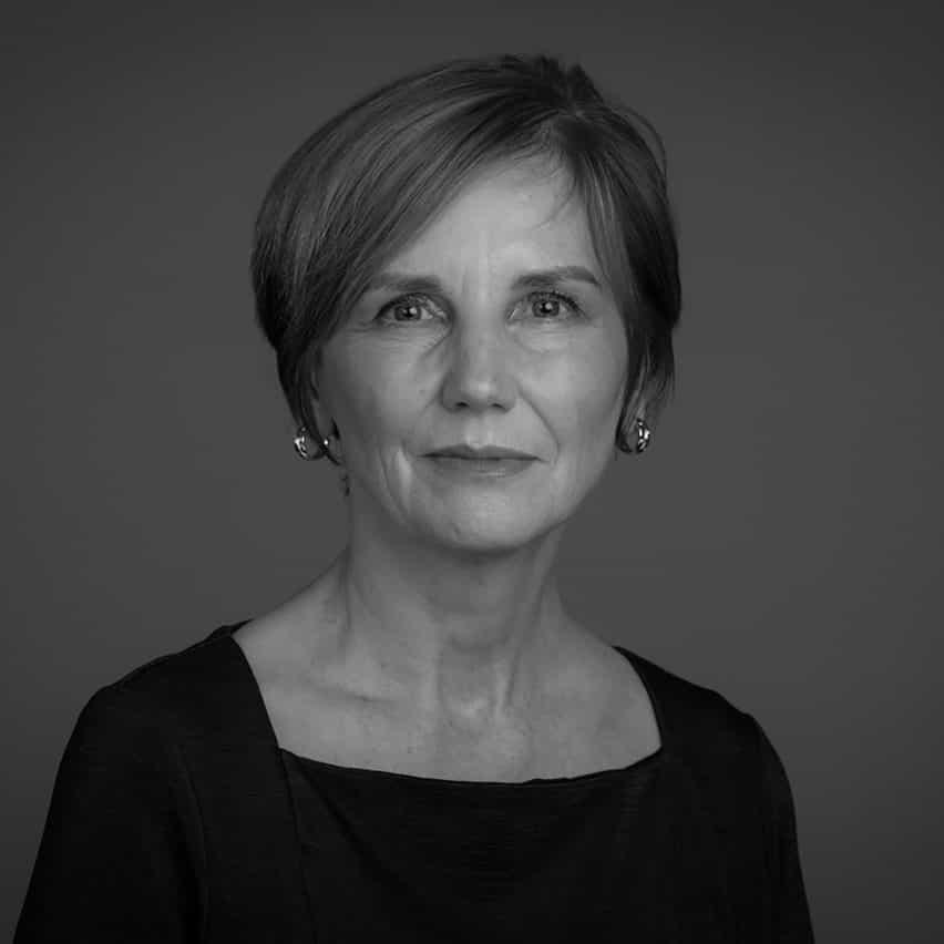 Caroline Cornish, investigador asociado de la Royal Botanic Gardens, Kew